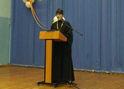 Священник посетил родительское собрание в общеобразовательной школе №1 р.п. Мокшан