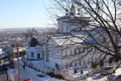 В Спасо-Преображенском монастыре доступна для поклонения частица мощей святителя Луки Крымского