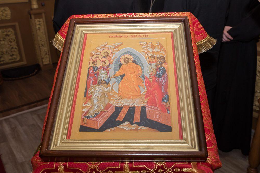 Митрополит Серафим совершил всенощное бдение в храме во имя святителя Иннокентия Иркутского при духовной семинарии