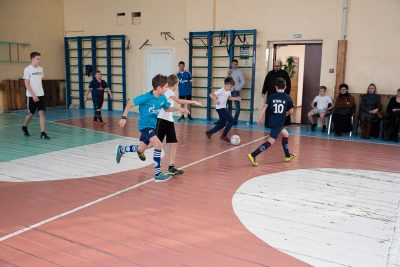 В Пензенской духовной семинарии прошел товарищеский матч по футболу (фоторепортаж)
