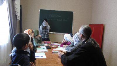 Священник рассказал учащимся воскресной школы о святителе Иннокентии Пензенском