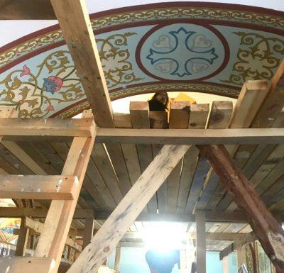 Продолжается роспись Димитриевского храма города Каменки