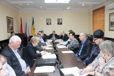 Священнослужители приняли участие в заседании Совета по вопросам гармонизации межэтнических и межконфессиональных отношений