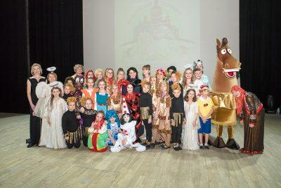 Новый выпуск программы «Вопросы веры» освещает открытие Семейного православного театра