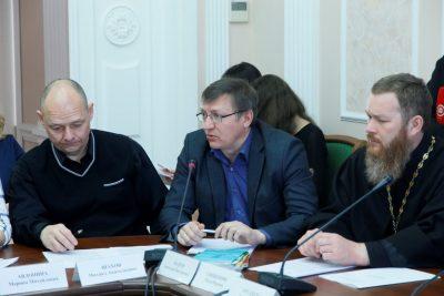 Священнослужитель принял участие в обсуждении вопроса профилактики правонарушений в молодежной среде