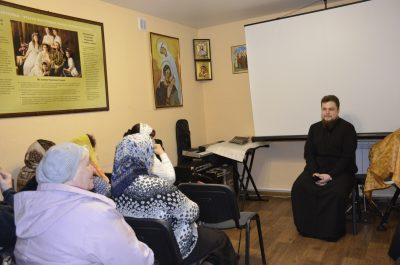 В Серафимовском храме Пензы состоялось заседание клуба «Жены-мироносицы»