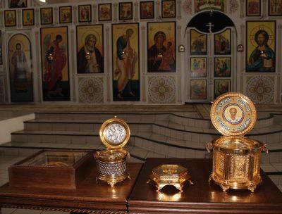 В Пензу прибыли мощи преподобного Сергия Радонежского, святителей Николая Чудотворца и Спиридона Тримифунтского, а также частица Креста Господня