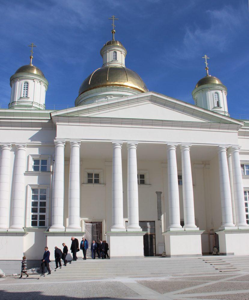 Губернатор выразил меценатам благодарность за помощь в возрождении Спасского кафедрального собора