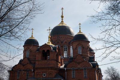 В Великий Вторник митрополит Серафим совершил Литургию Преждеосвященных Даров в Успенском кафедральном соборе