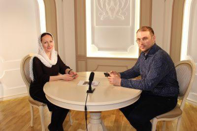 Гостем нового выпуска программы «Вопросы веры» стал председатель приходского совета храма во имя святой мученицы Аллы Готфской