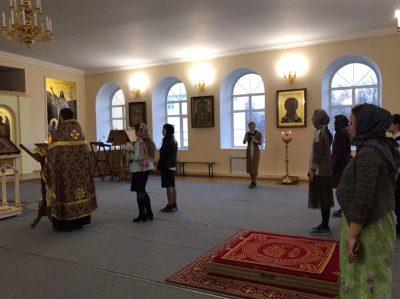 В Воскресенском храме состоялся молебен для студентов учебных заведений города Пензы