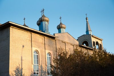 Митрополит Серафим совершил вечерню с чином Пассии в Воскресенском храме города Заречного