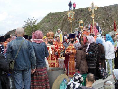 В Светлую пятницу пензенские паломники посетили село Большая Валяевка