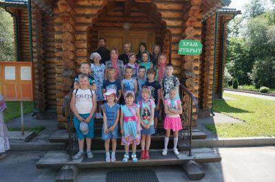 Воспитанники Михайло-Архангельского храма р.п. Мокшан посетили Семиключье