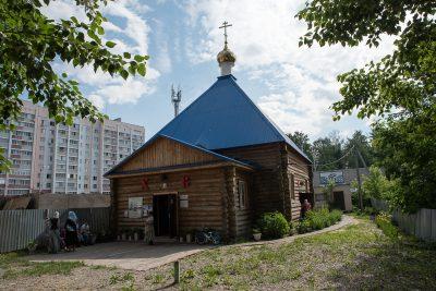 В день чествования Владимирской иконы Богородицы митрополит Серафим совершил Литургию во Владимирском храме Пензы