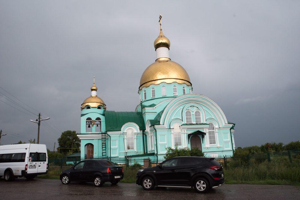 В канун обретения мощей преподобного Сергия Радонежского митрополит Серафим совершил всенощное бдение в селе Соловцовка