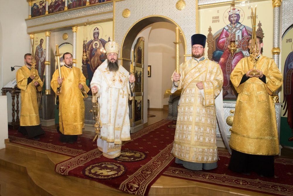Митрополит Серафим совершил всенощное бдение в Пензенском Спасо-Преображенском монастыре