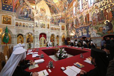 Решением Священного Синода митрополит Серафим назначен временно управляющим Кузнецкой епархией