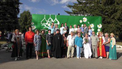 Священник поздравил жителей Мокшана с Днем семьи, любви и верности