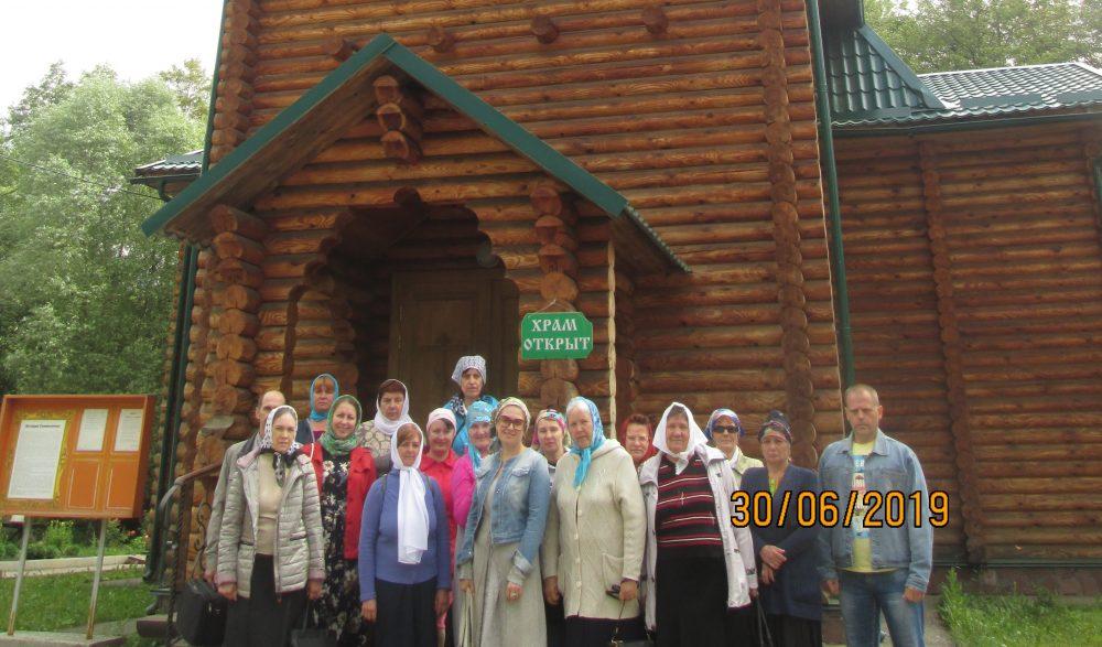 Паломники из Пензы посетили Тихвинский скит Спасо-Преображенского монастыря на Семи Ключах