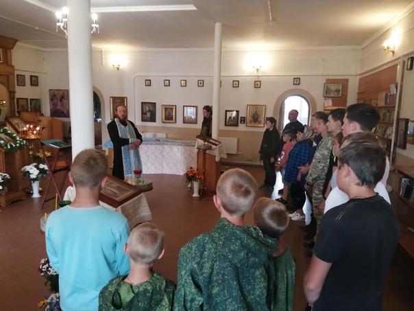 Воспитанники воскресной школы села Золотаревка приняли участие в военно-патриотических сборах