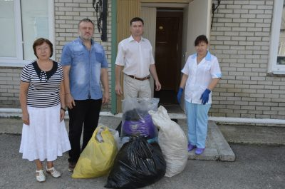 Приход храма Серафима Саровского оказал вещевую помощь социальным организациям города