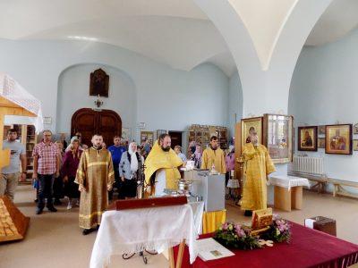Верующие села Трофимовка поклонились мощам святителя Иннокентия Пензенского
