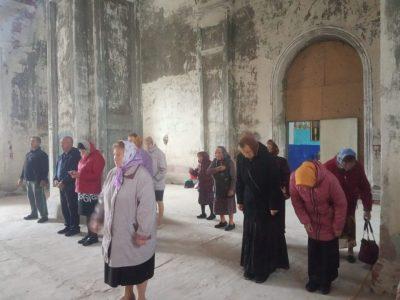 Впервые за много лет в Никольской церкви села Усть-Каремша совершена Литургия