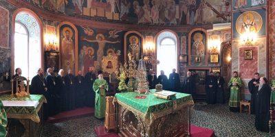 Накануне праздника преподобного Серафима Саровского митрополит Серафим служил за всенощным бдением в Серафимо-Дивеевском монастыре