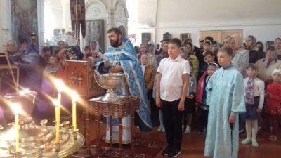 Молебен перед началом учебного года состоялся в селе Верхний Ломов