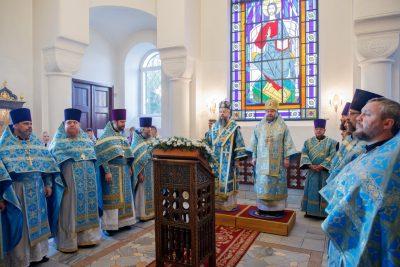Митрополит Пензенский и Нижнеломовский Серафим принял участие во встрече выпускников Саратовской духовной семинарии