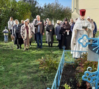 В Михайло–Архангельском храме р. п. Мокшан почтили память протоиерея Владимира Прилуцкого