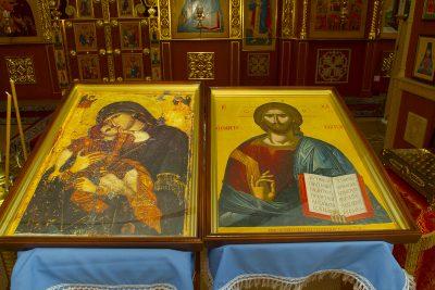 В храм Казанской иконы Божией Матери села Трофимовка привезли иконы со Святой Горы Афон