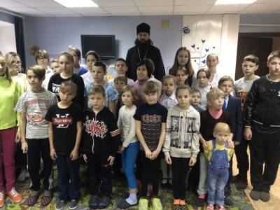 Воскресная школа при Димитриевском храме города Каменки посетила детский приют