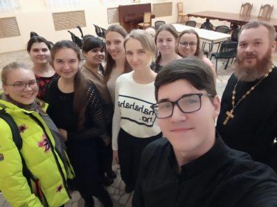 Состоялась очередная встреча священника с пензенской молодежью