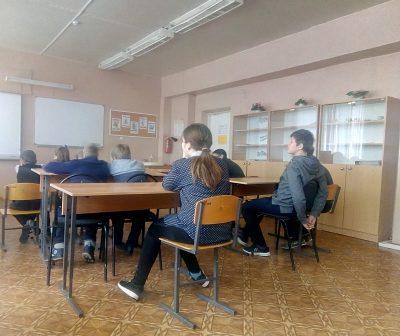 Священнослужитель встретился с учащимися села Дигилевка