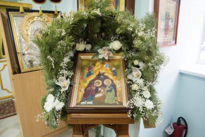 В праздник Собора Пресвятой Богородицы митрополит Серафим совершил Литургию в Богоявленском храме города Пензы