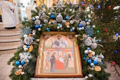 В праздник Обрезания Господня митрополит Серафим совершил Литургию в Петропавловском храме города Пензы