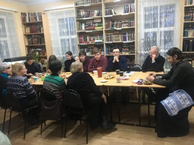 В духовно-просветительском центре при Покровском соборе состоялся поэтический вечер
