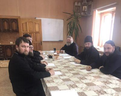 Состоялось собрание духовенства Каменского благочиния