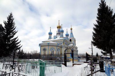 В Неделю о блудном сыне митрополит Серафим совершил Литургию в Казанском храме Кузнецка