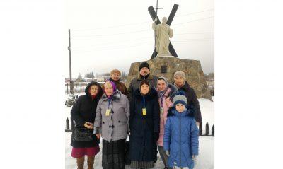 Пензенские паломники посетили пещерный монастырь Казанской Алексиево-Сергиевской пустыни в Сазанье