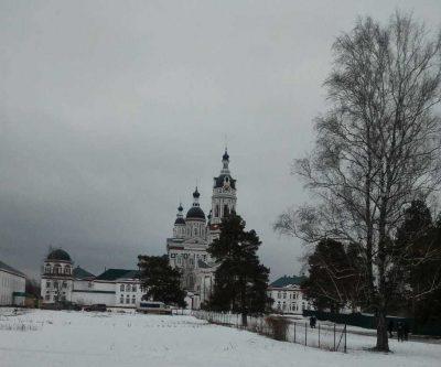 Пензенские паломники посетили наровчатские монастыри