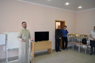 Клиру и служащим Никольского храма рассказали о профилактике коронавируса