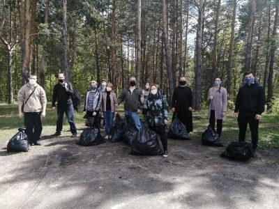 Активисты Союза православной молодежи приняли участие в экологической акции на Семиключье