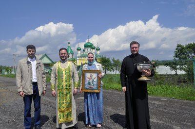 В строящемся храме в честь Святой Живоначальной Троицы в деревне Камайка был совершен первый водосвятный молебен