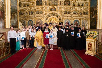 Митрополит Серафим совершил Литургию в Успенском кафедральном соборе и вручил дипломы выпускникам Пензенской духовной семинарии
