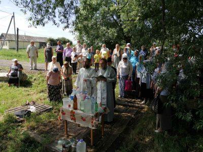 В Нижнеломовском благочинии совершили молебное пение на месте явления чудотворного образа Иоанна Крестителя — Ангела пустыни