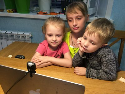 Продолжаются онлайн-встречи с детьми в рамках приходского проекта «Ангела ко сну»