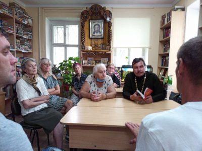 При Покровском архиерейском соборе возобновляются встречи библейско-богословского клуба
